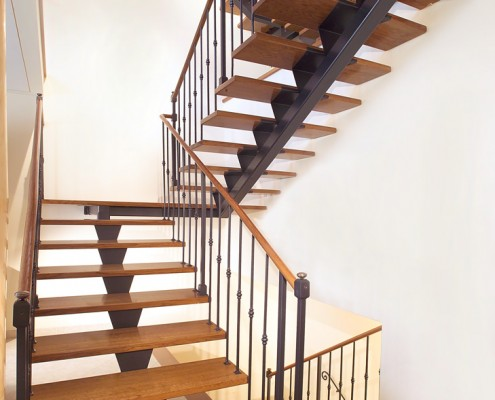 Superior Stainless Steel Staircase
