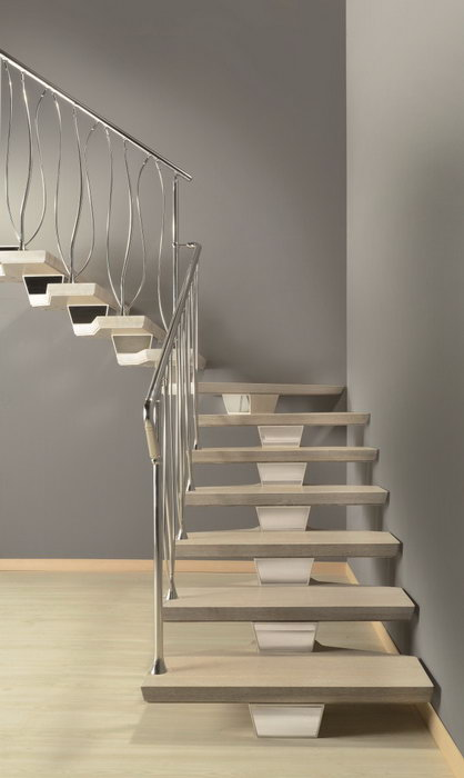 Modular wooden stairs marretti for Prefabricated staircase