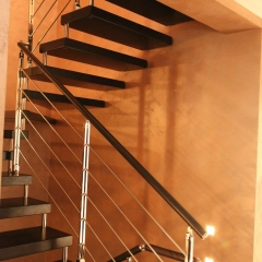 Cantilever-Wooden-Staircase