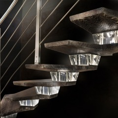 scala-concorde-light-with-led-stairs1